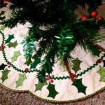 Scalloped Tree Skirt