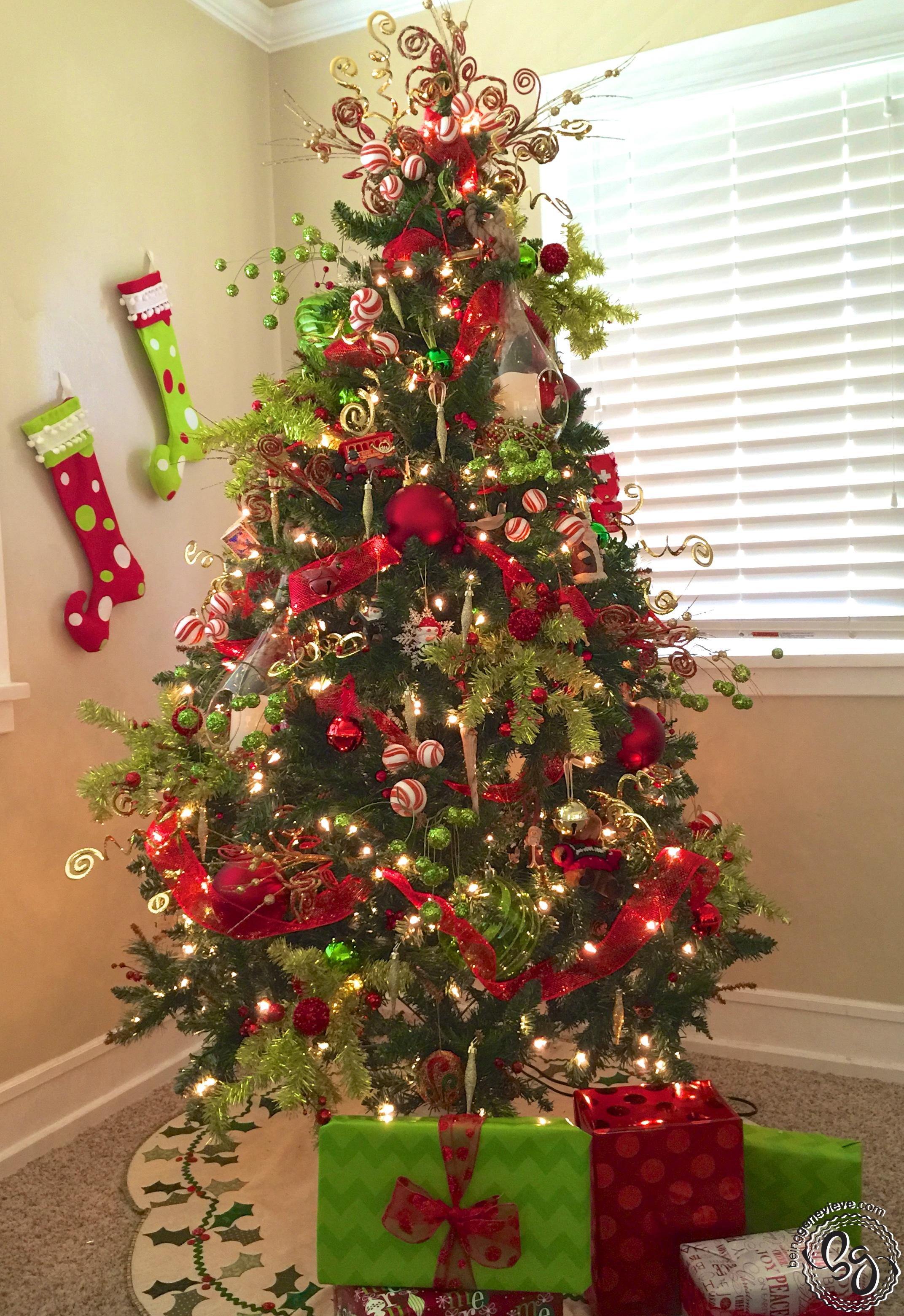 christmas tree decorating 101 - Rainforest Islands Ferry